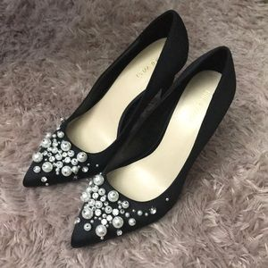 Nine West Pearl Embellished Black Satin Pumps